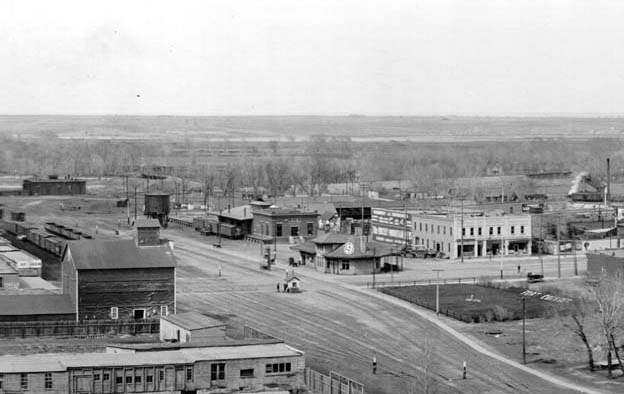 An aerial shot of Mason Street from Laporte to Cherry in 1912. (Photo thanks to the Fort Collins Waterways collection.