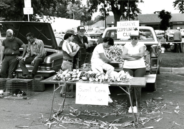 Farmers Market by the Larimer County Courthouse in the 1980s. (Photo courtesy of the Fort Collins Historical Collection.)