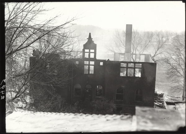 Fire destroyed Chemistry building on December 22, 1921 (Colorado State University Archive ID #UHPC_2493)