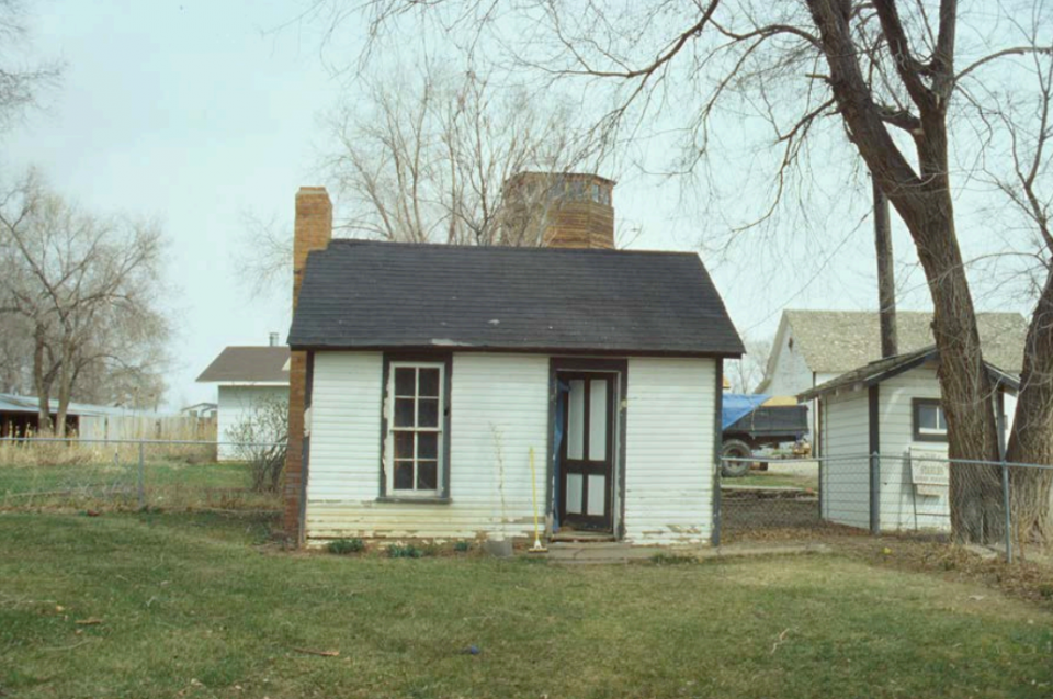 The Ross Proving-Up House. Date unknown. (Photo from the Fort Collins Historical Preservation Department.)